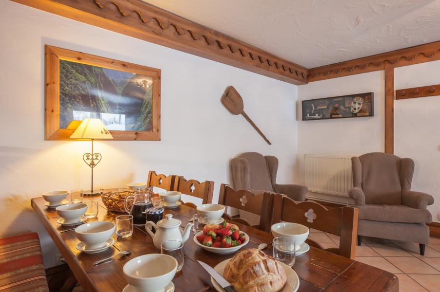 Vakantie in de bergen Résidence P&V Premium la Ginabelle - Chamonix - Eetkamer