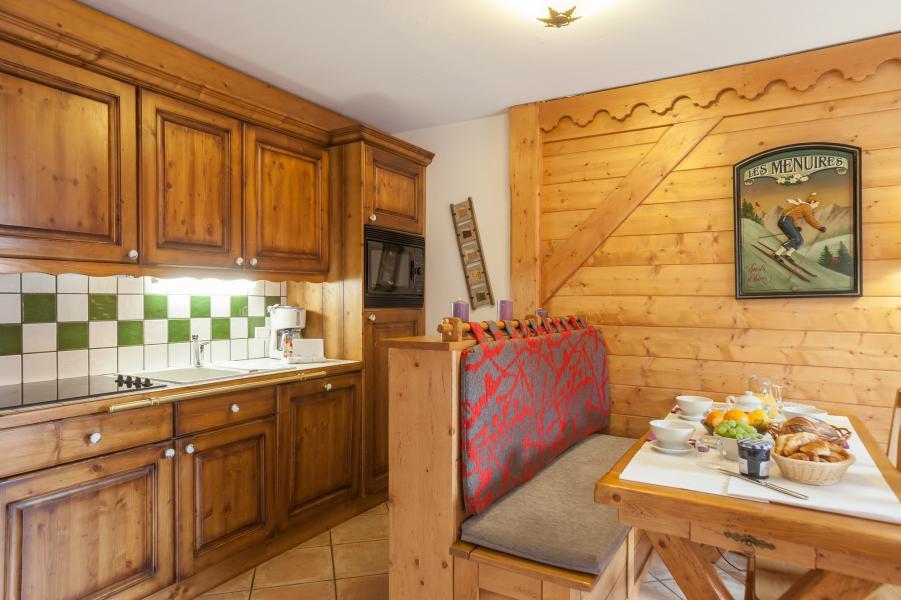 Urlaub in den Bergen Résidence P&V Premium les Alpages de Reberty - Les Menuires - Küche