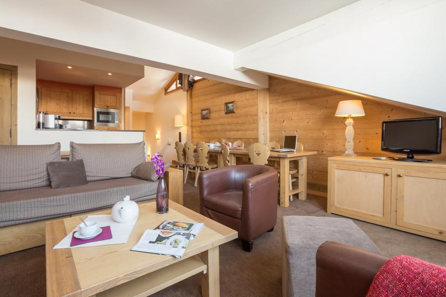 Holiday in mountain resort Résidence P&V Premium les Chalets du Forum - Courchevel -