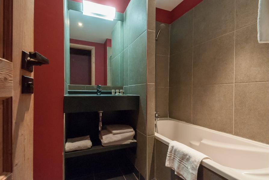 Holiday in mountain resort Résidence P&V Premium les Crêts - Méribel-Mottaret - Bathroom