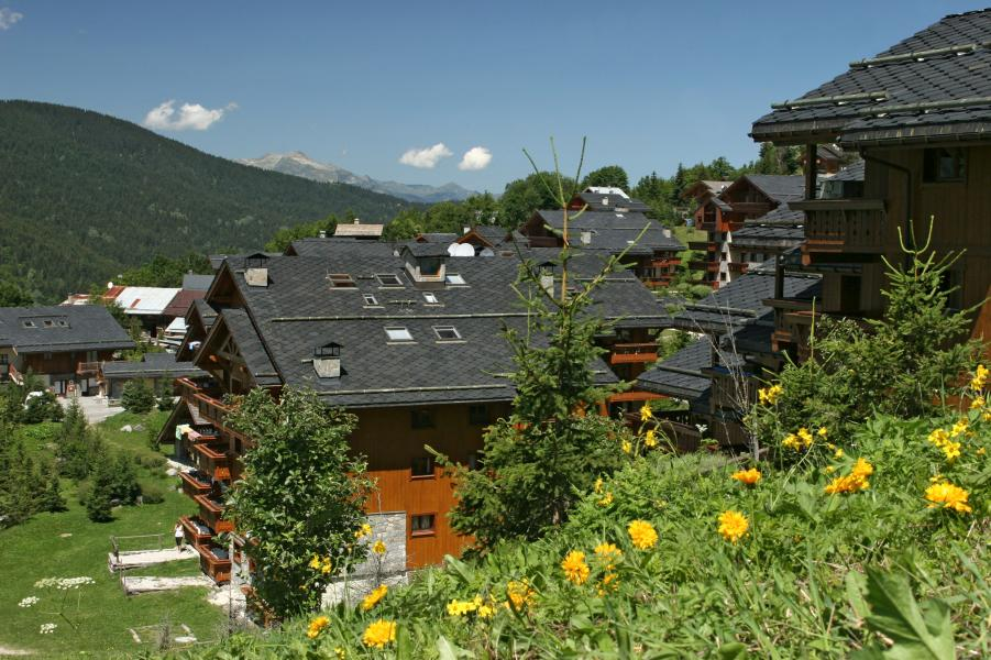 Vakantie in de bergen Résidence P&V Premium les Fermes de Méribel - Méribel - Buiten zomer