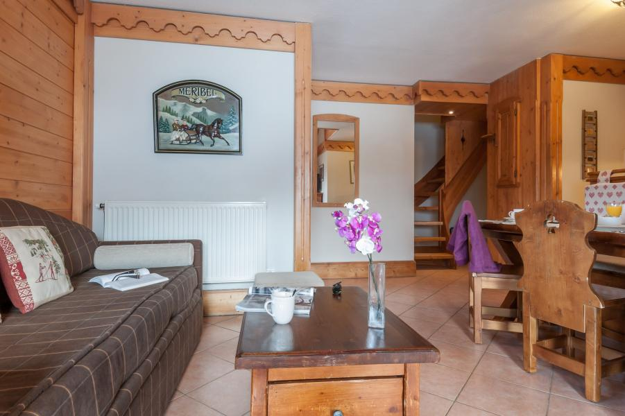 Vakantie in de bergen Résidence P&V Premium les Fermes de Méribel - Méribel - Salontafel