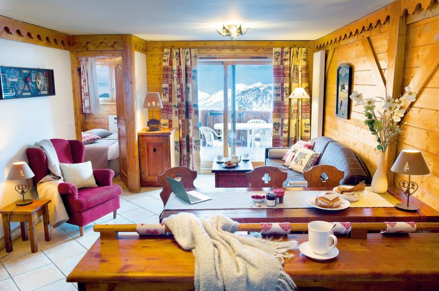 Vakantie in de bergen Résidence P&V Premium les Fermes de Méribel - Méribel - Woonkamer