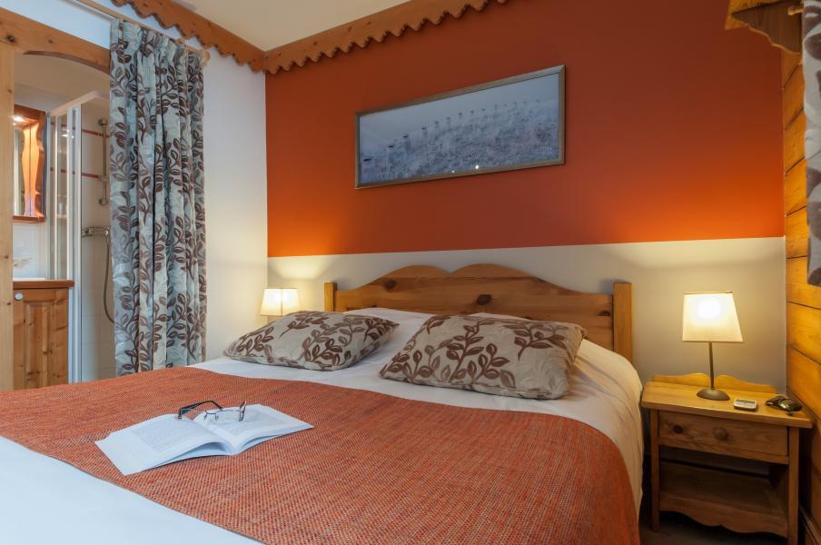 Urlaub in den Bergen Résidence P&V Premium les Hauts Bois - La Plagne - Doppelbett