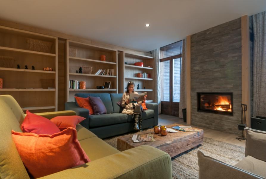 Urlaub in den Bergen Résidence P&V Premium les Terrasses d'Helios - Flaine - Kamin