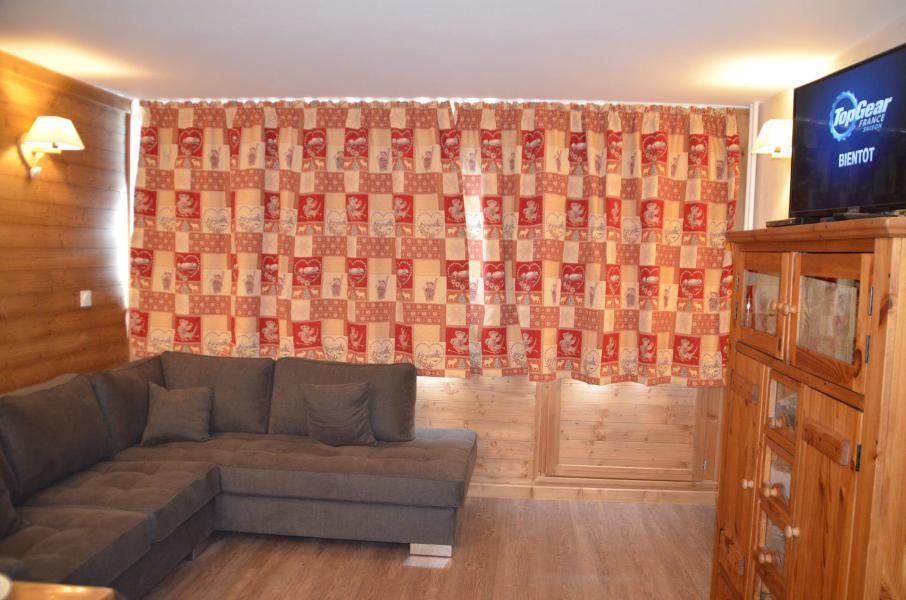 Vacances en montagne Appartement 3 pièces 6 personnes (PV54) - Résidence Pelvoux - Les Menuires