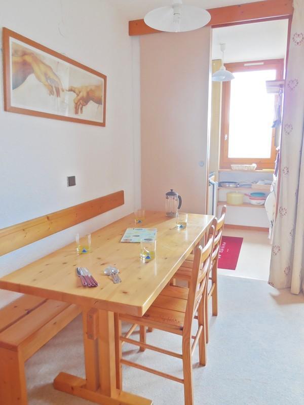 Vacances en montagne Appartement 2 pièces 4 personnes (034) - Résidence Pendule - Montchavin La Plagne - Table