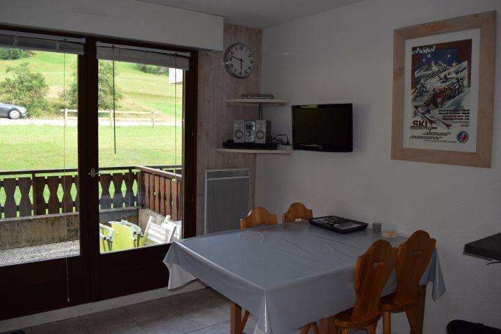 Vacaciones en montaña Apartamento cabina 2 piezas para 4 personas (PNG007B) - Résidence Perce Neige - Châtel - Comedor