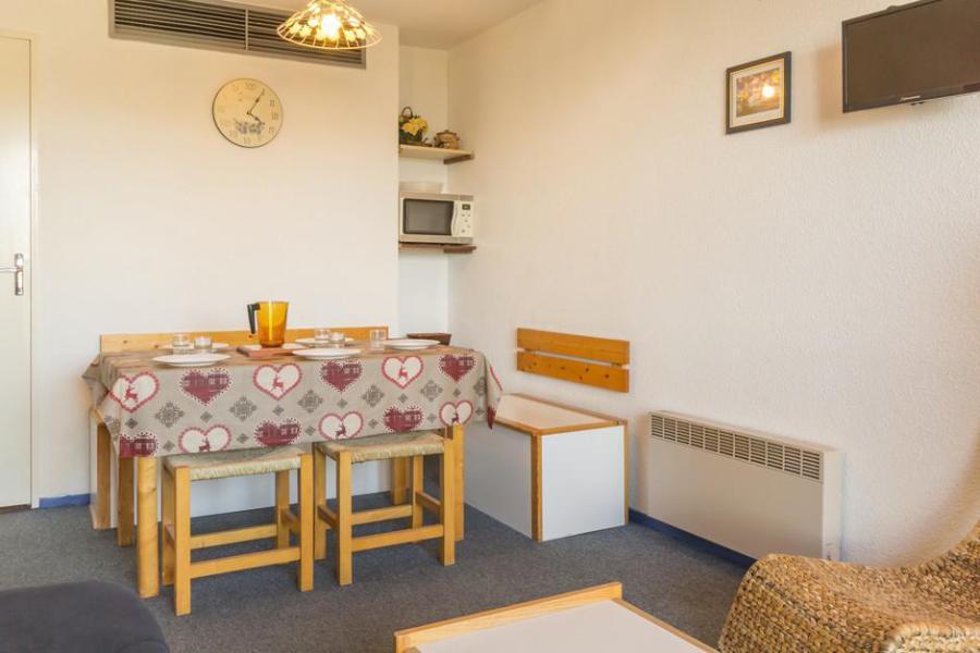 Holiday in mountain resort Studio sleeping corner 5 people (0104) - Résidence Phénix Pégase - Le Corbier