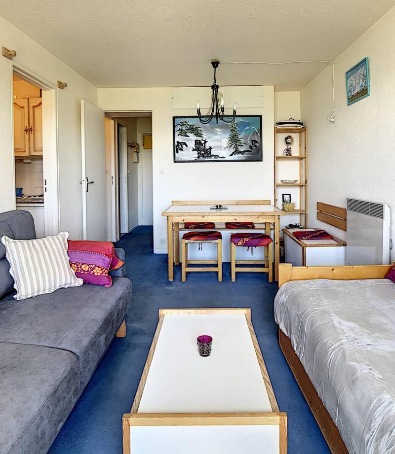 Holiday in mountain resort Studio cabin 5 people (0904) - Résidence Phénix Pégase - Le Corbier - Table