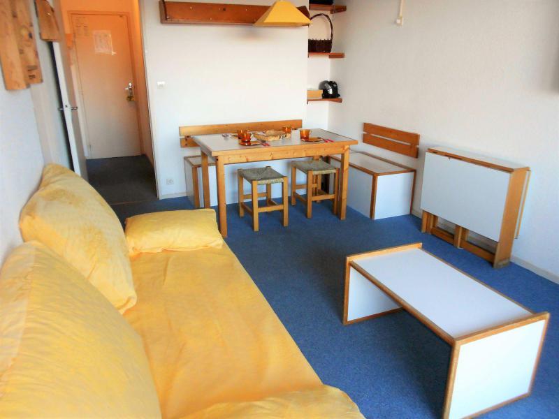 Holiday in mountain resort Studio sleeping corner 5 people (0304) - Résidence Phénix Pégase - Le Corbier - Bed-settee
