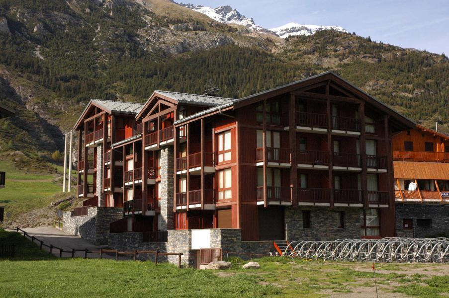 Location au ski Résidence Pied de Pistes - Val Cenis - Extérieur été