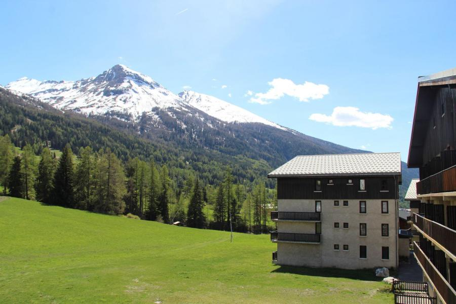 Аренда на лыжном курорте Апартаменты 2 комнат 4 чел. (A015) - Résidence Pied de Pistes - Val Cenis - летом под открытым небом