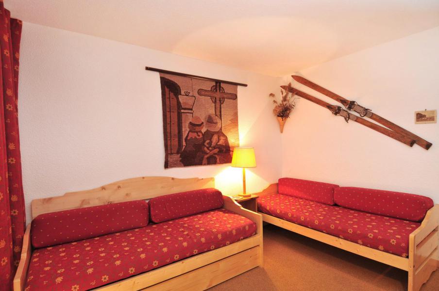 Holiday in mountain resort Studio 2 people (023) - Résidence Pierre de Soleil - La Plagne - Bench seat