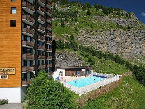 Location au ski Résidence Pierre & Vacances l'Hermine - Avoriaz - Extérieur été