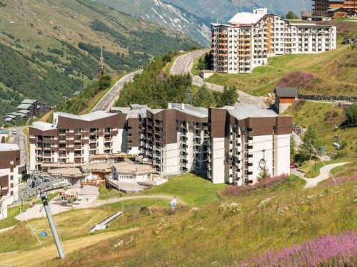 Location au ski Résidence Pierre & Vacances les Combes - Les Menuires - Extérieur été