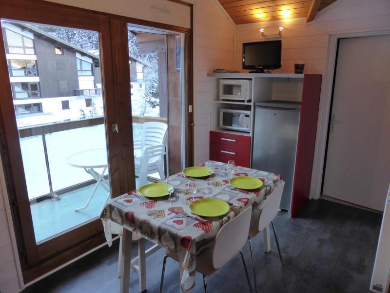Urlaub in den Bergen 2-Zimmer-Appartment für 5 Personen (F406) - Résidence Pierres Blanches - Les Contamines-Montjoie - Wohnzimmer