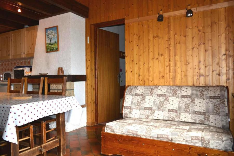 Holiday in mountain resort 2 room mezzanine apartment 7 people (2F) - Résidence Piste Rouge A - Le Grand Bornand