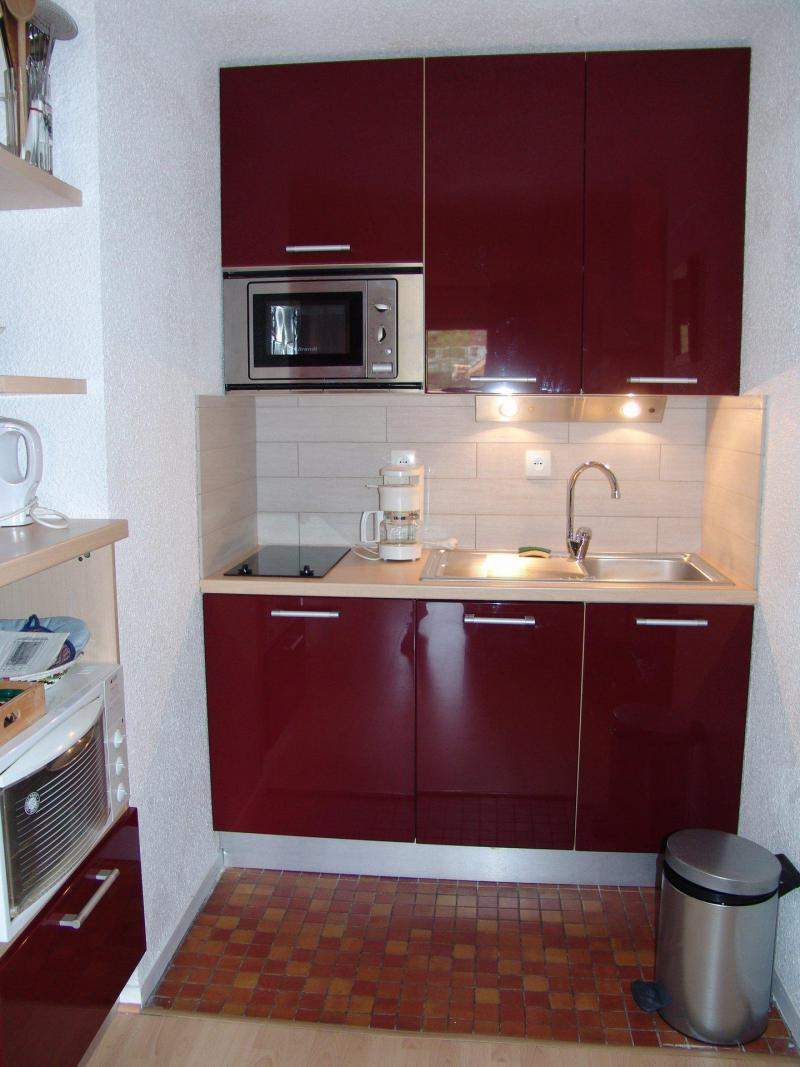 Holiday in mountain resort 2 room apartment 4 people (C22) - Résidence Plan Soleil - Valloire - Kitchenette