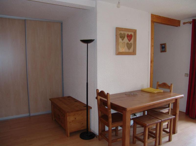 Holiday in mountain resort 2 room apartment 4 people (C22) - Résidence Plan Soleil - Valloire - Living room