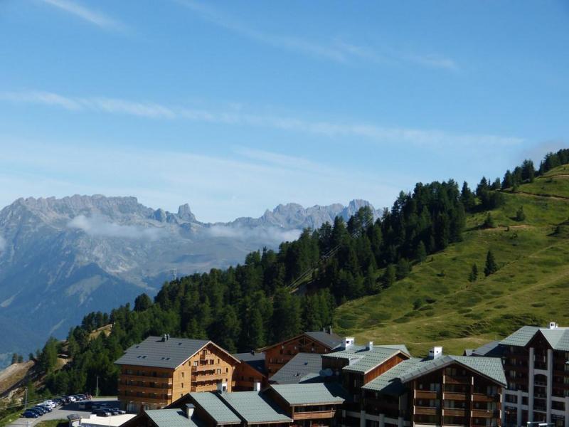 Holiday in mountain resort Studio mezzanine 4 people (36) - Résidence Plein Soleil - La Plagne - Summer outside