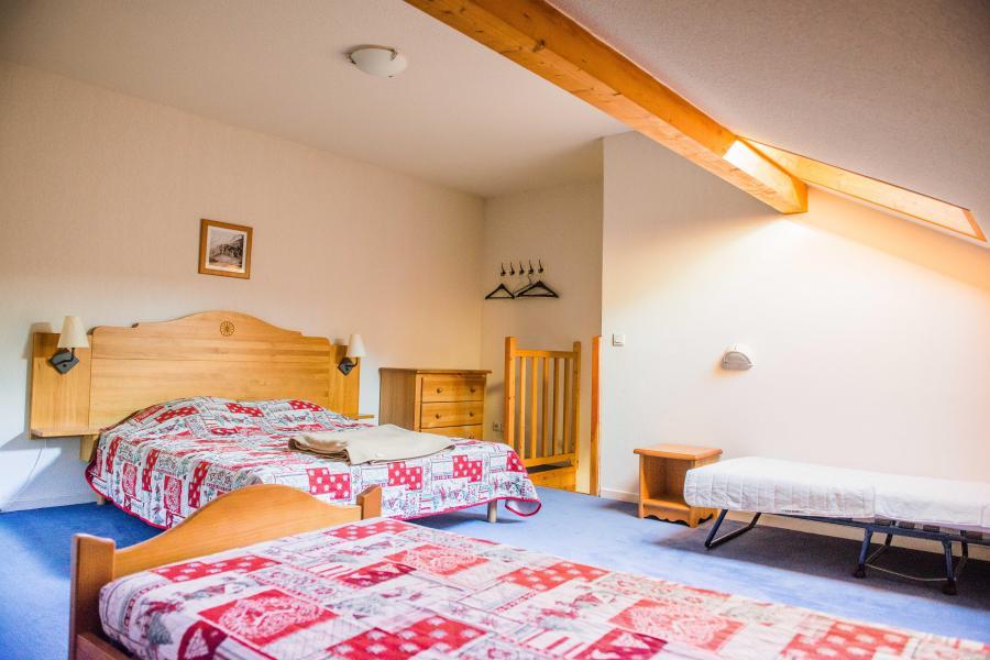 Vacances en montagne Résidence Plein Soleil - La Norma - Chambre mansardée