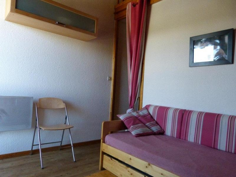 Holiday in mountain resort Studio mezzanine 4 people (36) - Résidence Plein Soleil - La Plagne - Living room