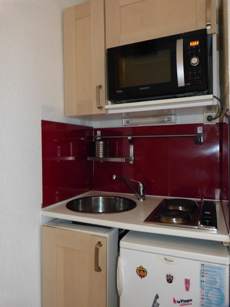 Holiday in mountain resort Studio mezzanine 4 people (36) - Résidence Plein Soleil - La Plagne - Oven