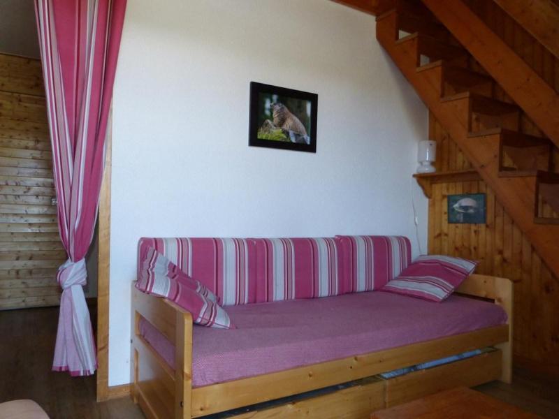 Holiday in mountain resort Studio mezzanine 4 people (36) - Résidence Plein Soleil - La Plagne - Settee