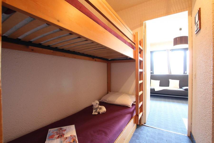Holiday in mountain resort Studio sleeping corner 4 people (207) - Résidence Podium - Puy-Saint-Vincent - Sleeping area
