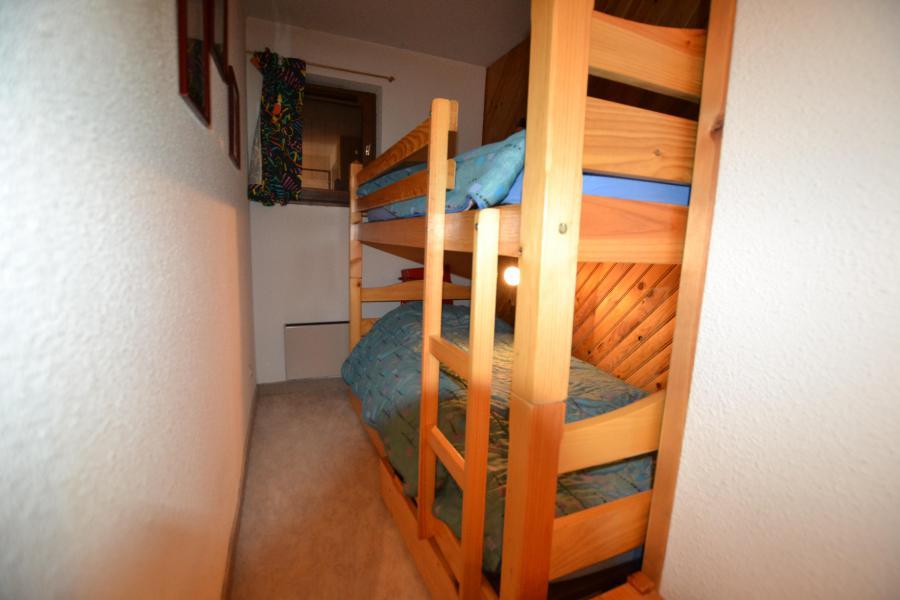 Vacaciones en montaña Apartamento 2 piezas cabina para 6 personas (PLPA01) - Résidence Praz les Pistes - Praz sur Arly - Camas superpuestas