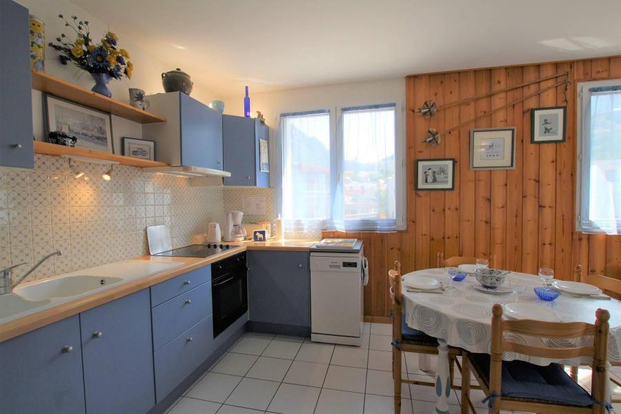 Vacances en montagne Appartement 2 pièces coin montagne 4 personnes (B024) - Résidence Pré du Moulin B - Serre Chevalier - Cuisine ouverte