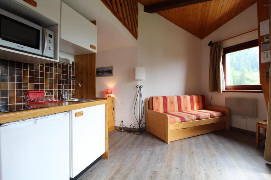 Holiday in mountain resort Studio sleeping corner 4 people (037) - Résidence Prés du Bois - Val Cenis