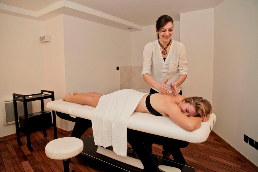 Vacances en montagne Résidence Prestige les Fermes de Châtel - Châtel - Massage
