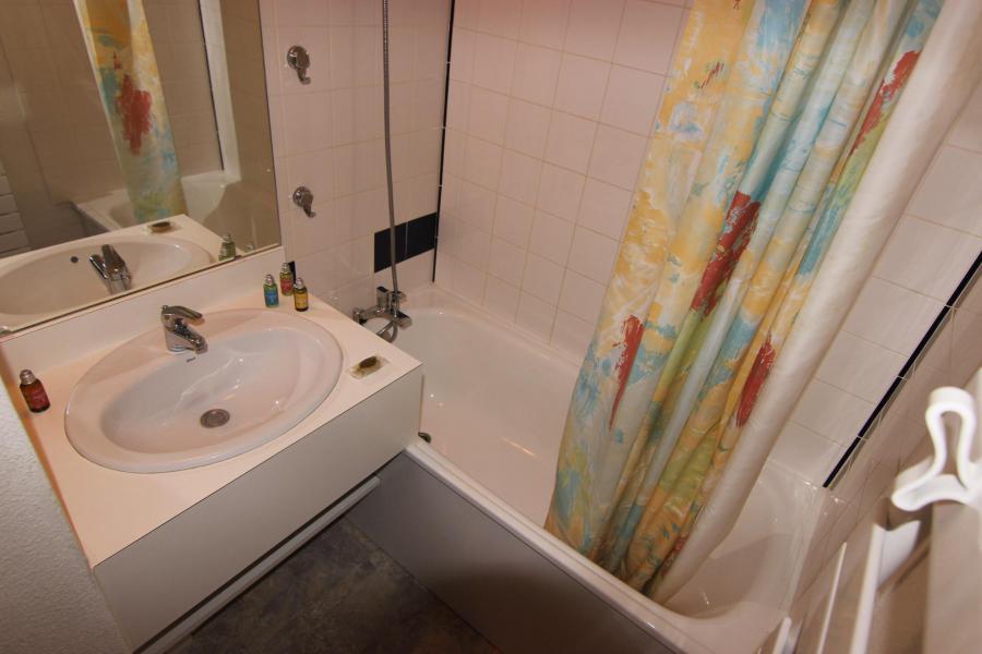 Vacances en montagne Appartement 2 pièces cabine 4 personnes (112) - Résidence Reine Blanche - Val Thorens - Salle de bains