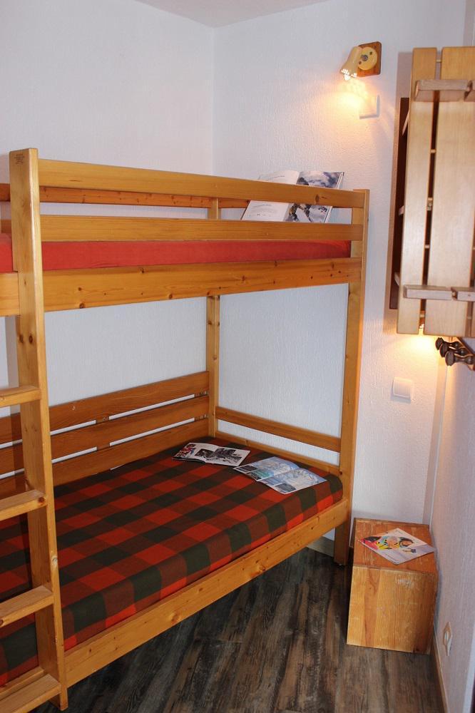 Vacances en montagne Appartement 2 pièces 6 personnes (B24) - Résidence Roc de Péclet - Val Thorens