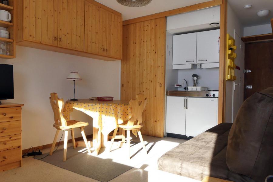 Vacances en montagne Studio 2 personnes (025) - Résidence Roc de Tougne - Méribel-Mottaret