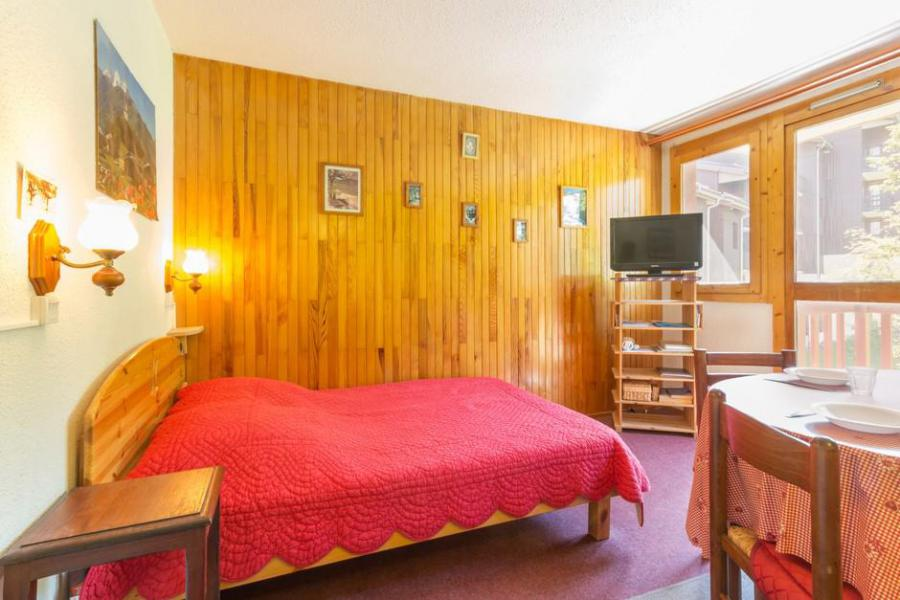 Holiday in mountain resort 2 room apartment 5 people (RTE13) - Résidence Rochette - Montchavin La Plagne - Bedroom