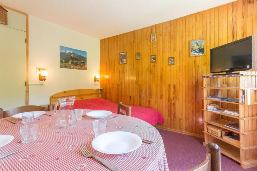 Holiday in mountain resort 2 room apartment 5 people (RTE13) - Résidence Rochette - Montchavin La Plagne - Table