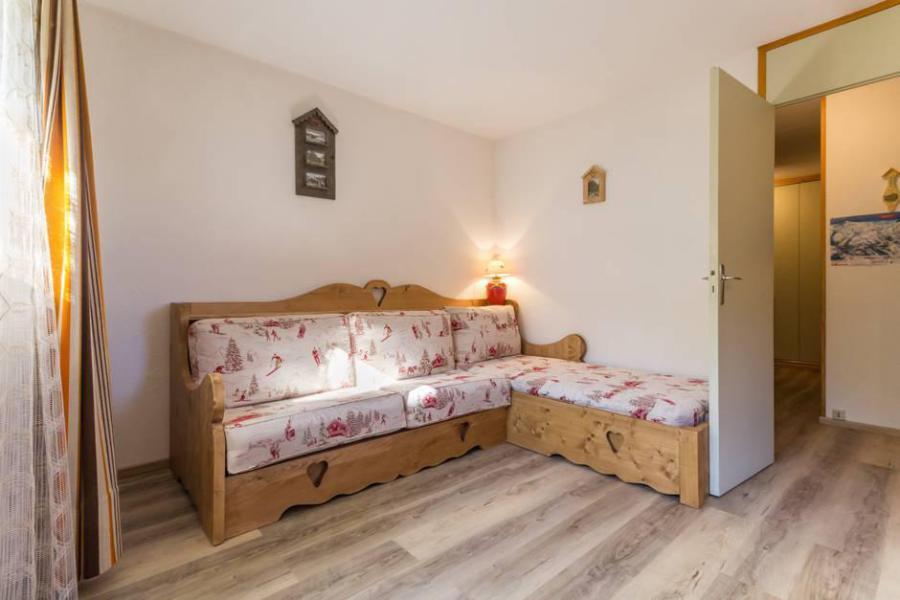 Holiday in mountain resort 2 room apartment 5 people (MTVN-RTE06) - Résidence Rochette - Montchavin La Plagne