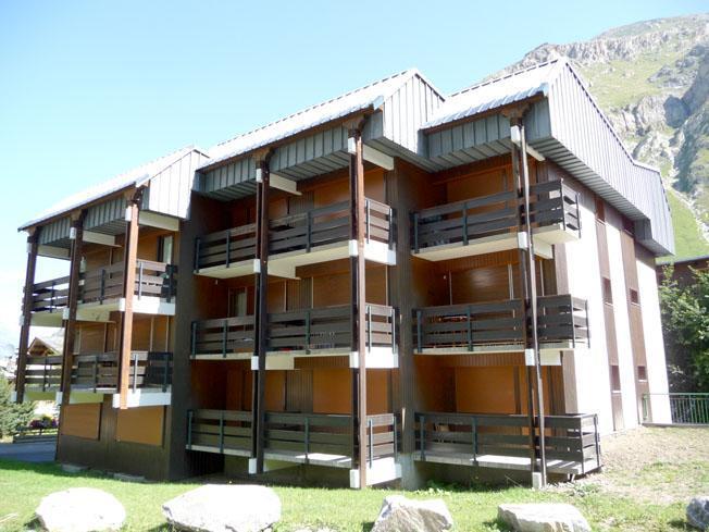 Skiverleih Résidence Rogoney - les Bleuets - Val d'Isère - Draußen im Sommer