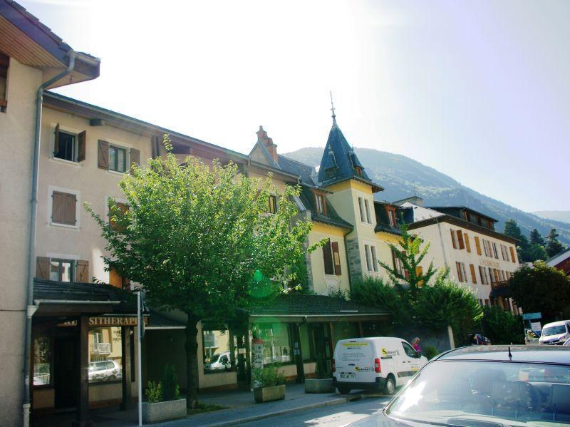 Аренда на лыжном курорте Résidence Roseland - Brides Les Bains - летом под открытым небом