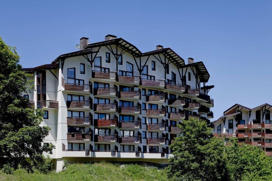 Аренда на лыжном курорте Résidence Saboia - La Tania - летом под открытым небом