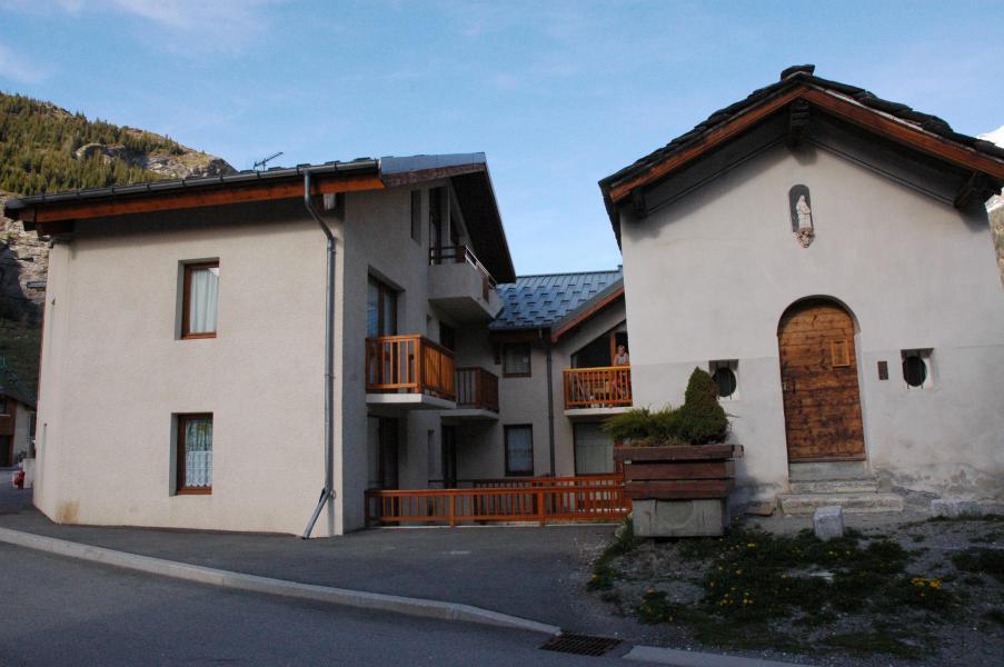 Soggiorno sugli sci Résidence Sainte Anne - Val Cenis - Esteriore estate