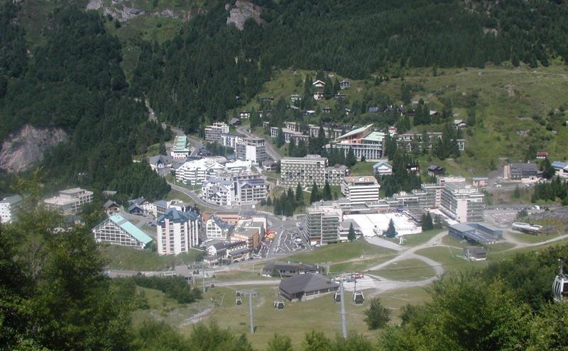 Rent in ski resort Studio sleeping corner 6 people (SAN150) - Résidence Sanctus - Gourette - Summer outside