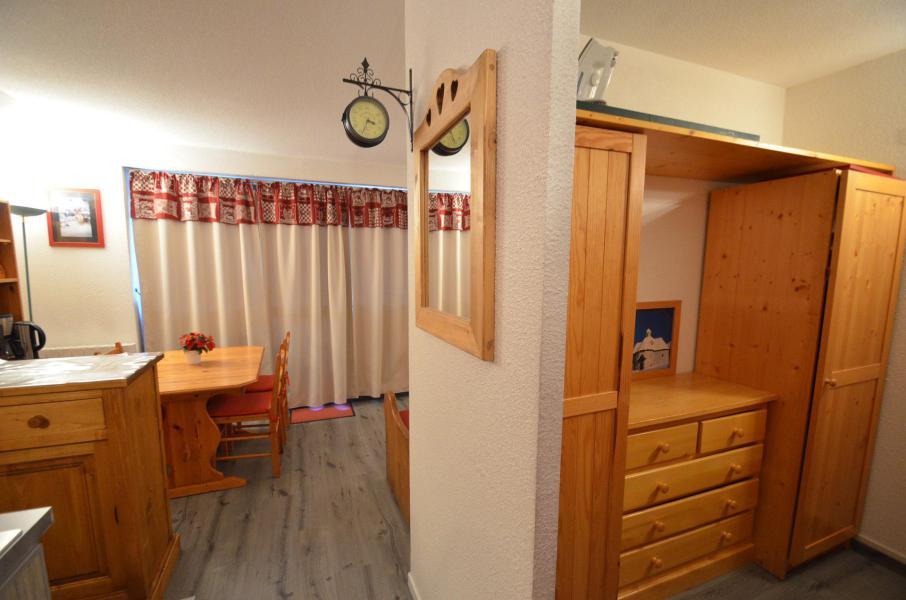 Vacances en montagne Studio cabine 4 personnes (509) - Résidence Sarvan - Les Menuires - Chambre