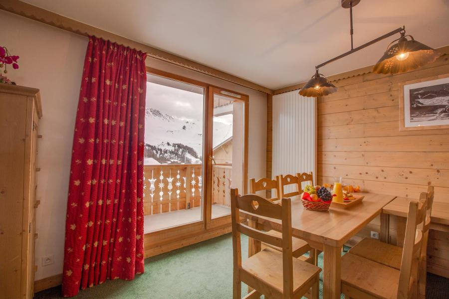 Vacances en montagne Résidence Sun Valley - La Plagne - Porte-fenêtre donnant sur balcon