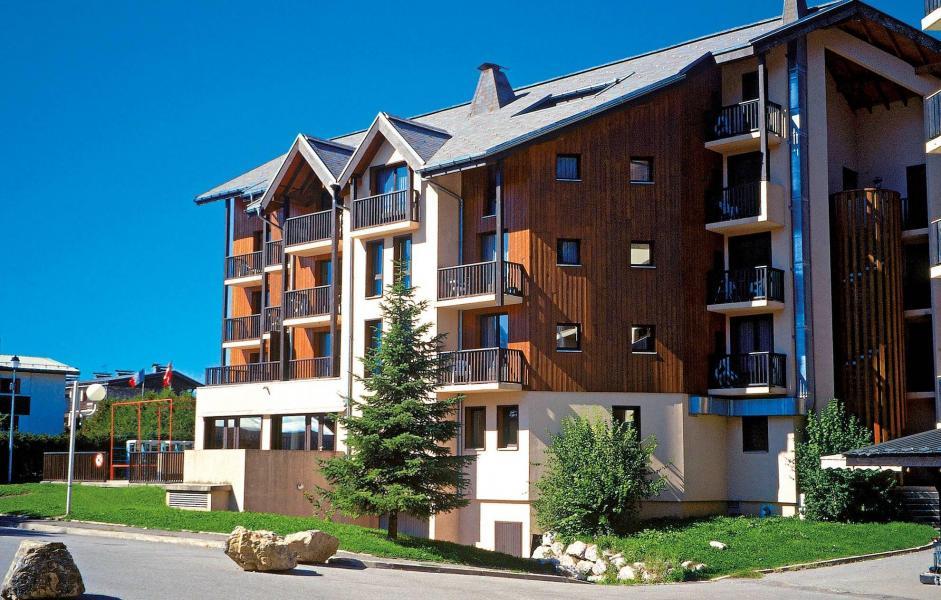 Location au ski Résidence Sunotel - Les Carroz - Extérieur été