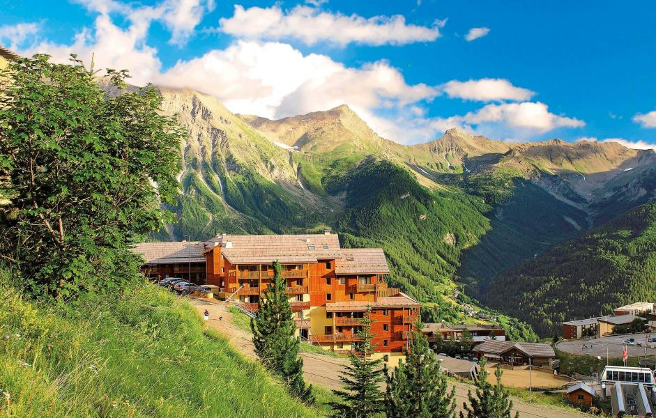 Vacances en montagne Résidence Terrasses de la Bergerie - Orcières Merlette 1850 - Extérieur été