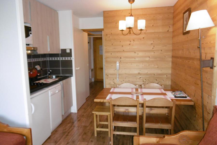 Vacances en montagne Studio 4 personnes (313) - Résidence Themis - La Plagne - Table